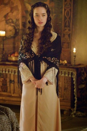 "Reign 2x09 ""Acts of War"" Promo 写真"
