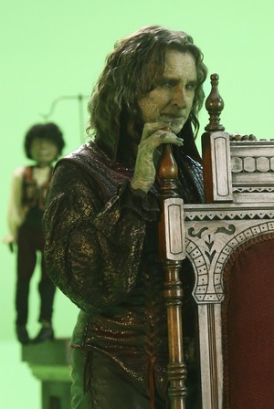 Rumpelstiltskin- 4x07- The Snow কুইন