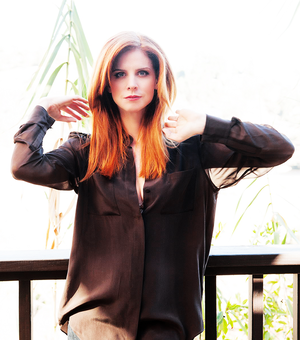 Sarah Rafferty photographed سے طرف کی Manfred Baumann