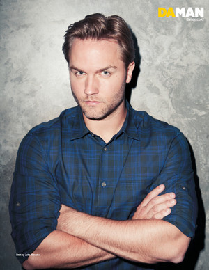 Scott Porter// Da Man Magazine