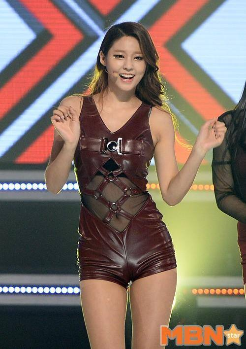 SeolHyun - Show Champion - AOA (Ace of angles Photo