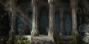 gate to elvenking's halls