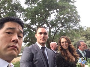 BTS pics of the Series Finale سے طرف کی Tim Kang