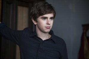 Bates Motel 3x01 promotional picture