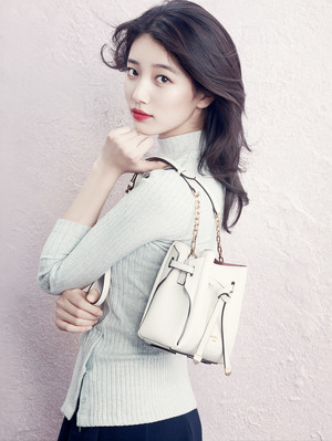 Miss A Suzy – frijol, haba Pole S/S 2015