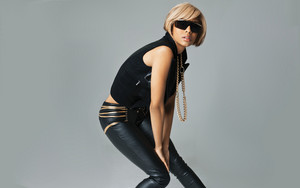 Keri Hilson No boys allowed