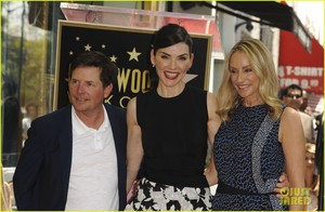Julianna Margulies Honored With Hollywood Walk of Fame तारा, स्टार