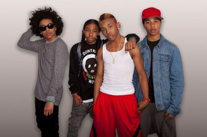Look at the new ,latest and meer good looking Beetles..........MINDLESS BEHAVIOR