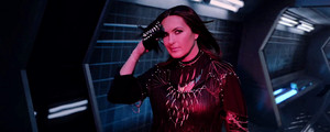 "Mariska Hargitay as 'Justice' in Taylor Swift's ""Bad Blood"" संगीत Video"