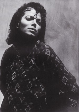 Michael Jackson - HQ Scan - Matthew Rolston Photoshoot