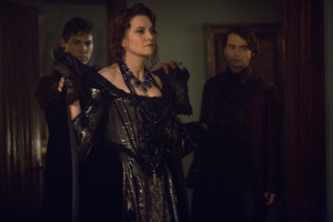 "Salem ""The Beckoning Fair One"" (2x07) promotional picture"
