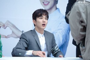 Yoo Seung Ho at Lotte Department Store Fansigning
