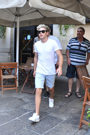 Niall leaving Dunne's Irish Bar