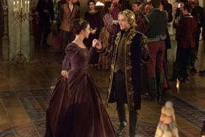 "Reign ""Sins of the Past"" (2x13) promotional picture"