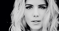 Happy Birthday Emily Bett Rickards (July 24, 1991)