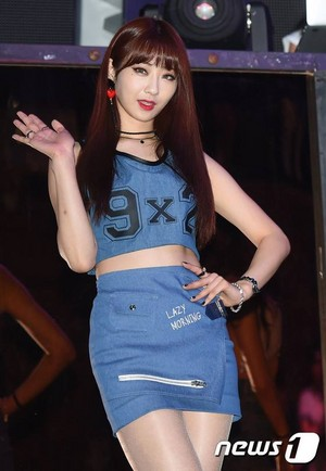 Kyungri - Hurt Locker Showcase