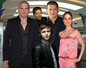 PRISON BREAK 5 - 2016: Finally Michael Scofield meets his son!!!