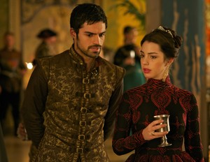 "Reign ""Getaway"" (2x11) promotional picture"