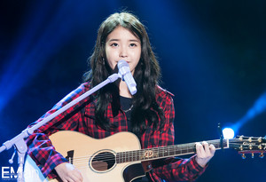 140921 IU at Melody Forest Camp concert