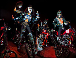 KISS (NYC) April 9, 1976 (chopper session)