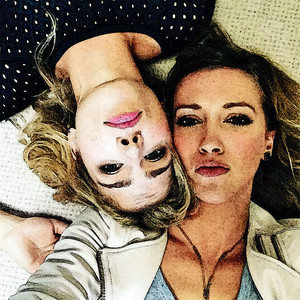 фото to Painting Emily Bett Rickards and Katie Cassidy