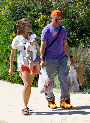 Robert Downey Jr and Susan Downey take their daughter Avri Downey out to the Farmer's market