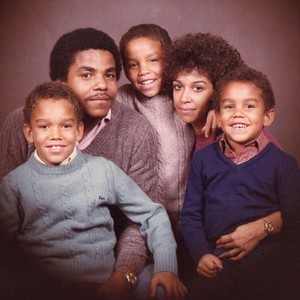 tito jackson with his sons taryll, taj, tj jackson and wife dee dee