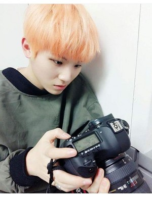 woozi hottie♔♥