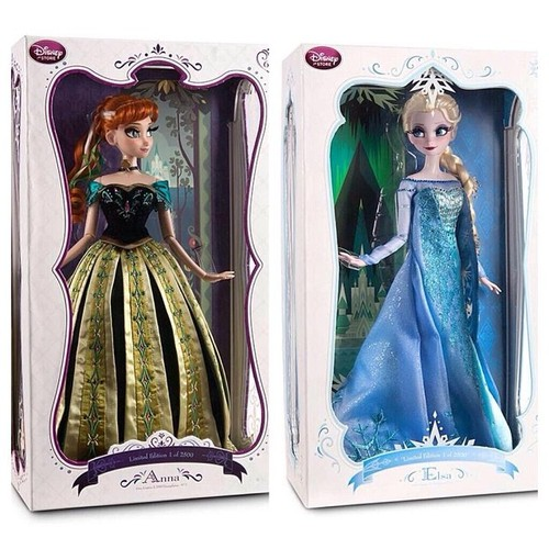 Disney Limited Edition Dolls Wallpaper Probably Containing A Dinner Dress Gown And