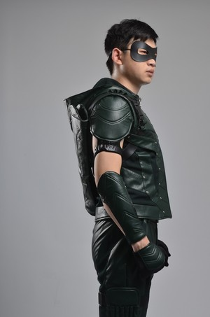 animecosplays.com is offering Du with green Arrow season 4 costume