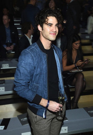 Darren at a Victoria's Secret show