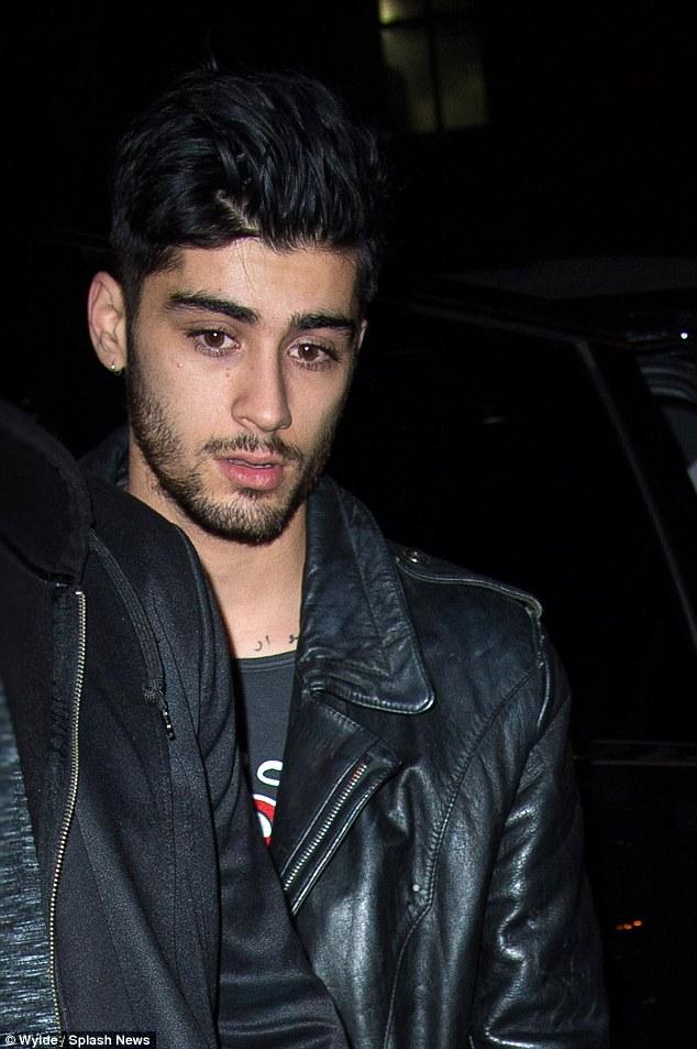 Sizzling Hot Zayn (He Owns My Heart) :) x - Zayn Malik