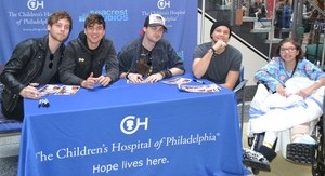 5Sos at the Children's hospital