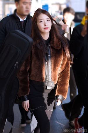 160111 IU at Incheon Airport Returning from Taipei
