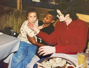 The King of Pop in Motown Cafe New York January 1996
