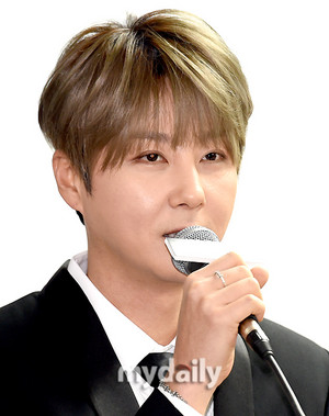 Press Conference 160327 - Hyesung