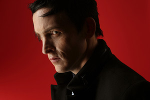 Robin Lord Taylor - LA Times Photoshoot - 2015