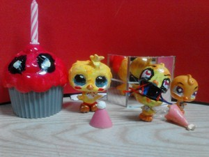 All Chicas Custom LPS