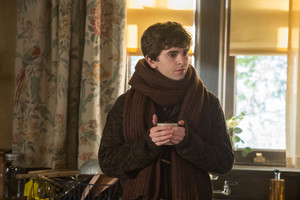 Bates Motel - 4x08 - Promotional Stills