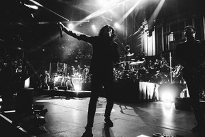 Bring Me The Horizon at Royal Albert Hall tunjuk
