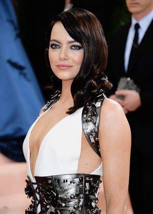 Emma Stone attends the 'Manus x Machina: Fashion In An Age Of Technology' Costume Institute Gala