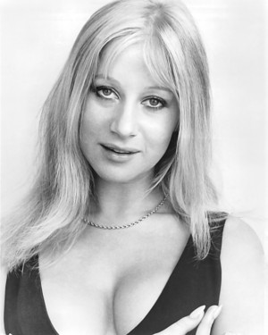 YOUNG HELEN MIRREN
