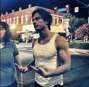 Ian Somerhalder (arm porn xD)