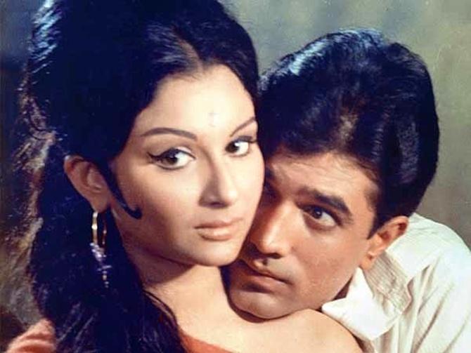 Sharmila Tagore and Rajesh Khanna - Bollywood Photo (39640229) - Fanpop