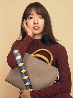 PARK SHIN HYE FOR BRUNO MAGLI F/W 2016 COLLECTION