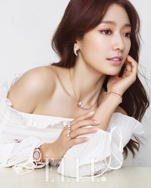 Park Shin Hye for ''ELLE''