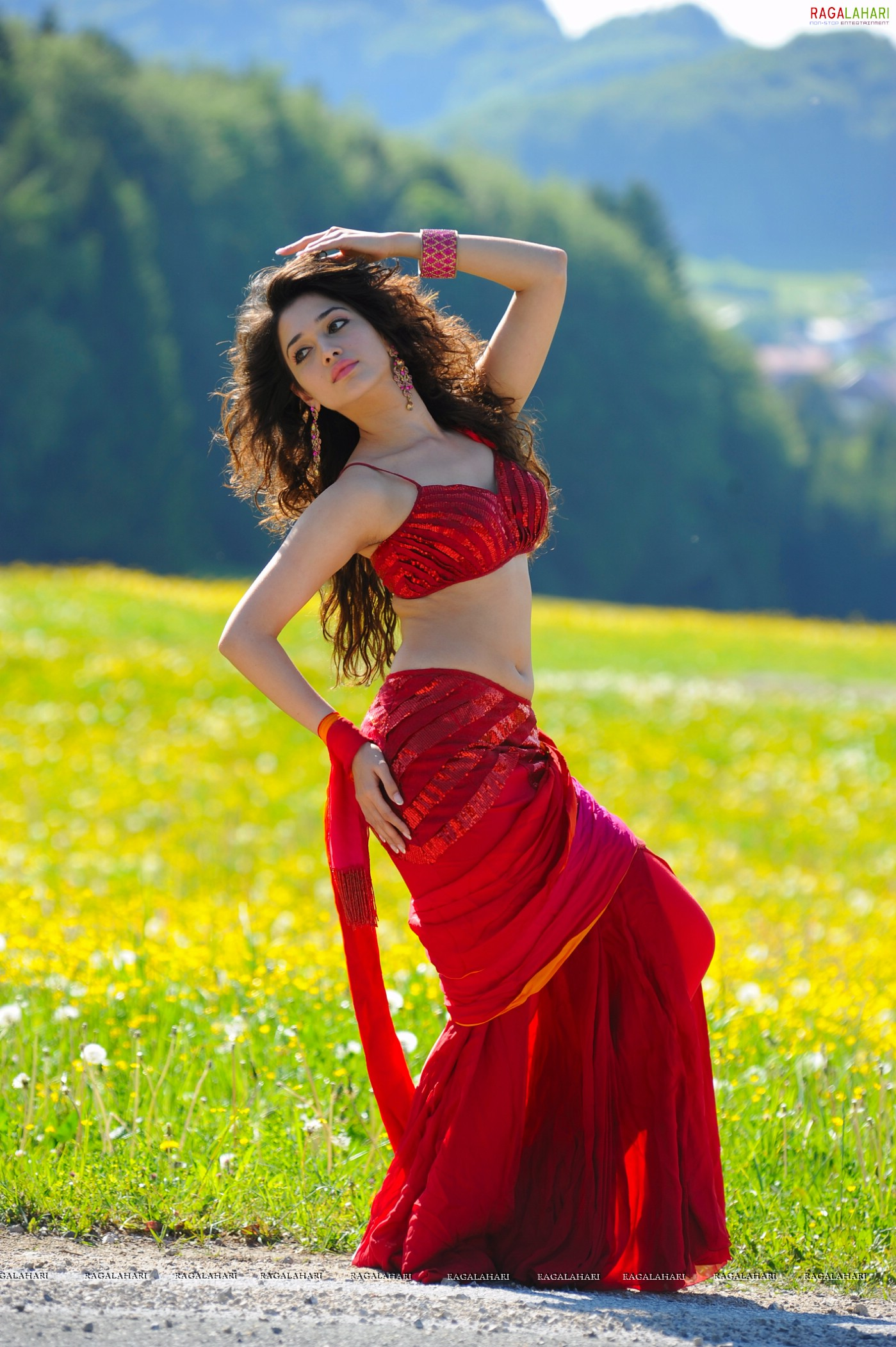 Tamanna in Badrinath Movie