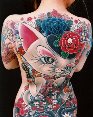 43 Cat With Bunga Tattoo On Back