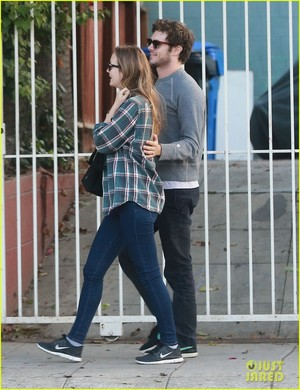 Adam Brody & Leighton Meester Couple Up For Breakfast in LA