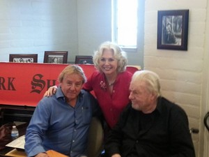 Kathryn Leigh Scott with James Hall and John Karlen